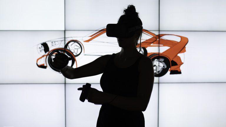 VRで変わる研修